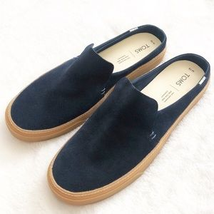 Toms Sunrise Navy Suede Slip Ons Size 10